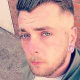 Thom from Noeux-les-Mines | Man | 29 years old | Aquarius