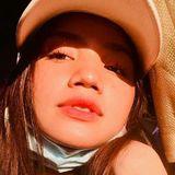 Mirror from Kuala Lumpur | Woman | 20 years old | Leo