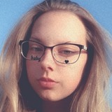 Nessi from Magdeburg | Woman | 18 years old | Pisces