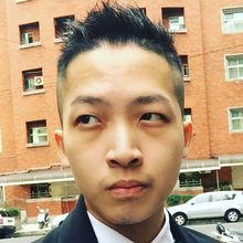 Leon looking someone in Taiwan #7