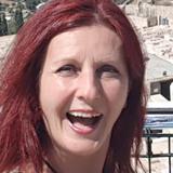 Iris from Essen | Woman | 52 years old | Scorpio