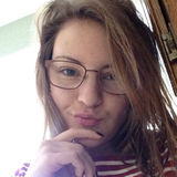 Lee from Belvidere | Woman | 26 years old | Gemini