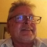 Pascalblinl9 from Versailles   Man   59 years old   Cancer