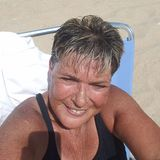 Linda from Levittown | Woman | 63 years old | Capricorn