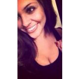 Sarah from Monterey | Woman | 28 years old | Aquarius
