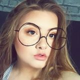 Sarah from Paisley | Woman | 22 years old | Cancer