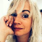 Ju from Hamburg | Woman | 33 years old | Aries