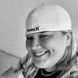 Jen from Paris | Woman | 37 years old | Aquarius