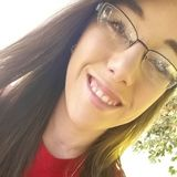 Nikki from El Campo | Woman | 24 years old | Gemini
