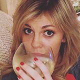 Nikki from Arlington   Woman   25 years old   Libra