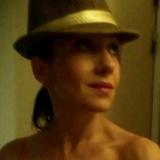 Aramburu from Paris | Woman | 43 years old | Aries