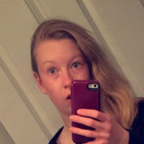 Hannahthemystery from Glenview | Woman | 24 years old | Taurus
