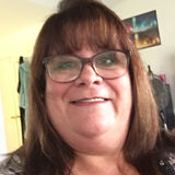 Tish from Lake Forest | Woman | 55 years old | Capricorn