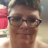 Kat from Crest Hill | Woman | 46 years old | Pisces