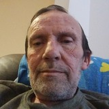 Edwardhutchiuq from Milton | Man | 59 years old | Aries