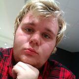 Devon from East Saint Louis | Man | 24 years old | Taurus