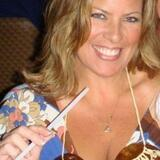 Adrienne from Easton | Woman | 42 years old | Capricorn