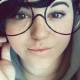 Readbio from Oak Harbor | Woman | 21 years old | Libra