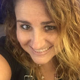 Martha from Lutherville Timonium | Woman | 33 years old | Cancer