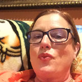Julie from Houston | Woman | 62 years old | Libra