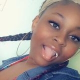 Vee from Madison | Woman | 22 years old | Cancer