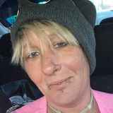 Chell from Mount Carmel | Woman | 46 years old | Aquarius