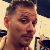 Robert from Melbourne | Man | 35 years old | Capricorn