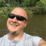Luckylarry from Monroe | Man | 45 years old | Cancer