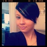 Hazel from Belleville   Woman   36 years old   Capricorn