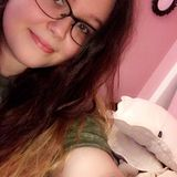 Carly from Downingtown | Woman | 22 years old | Gemini
