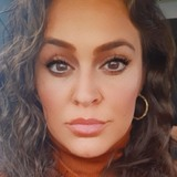 Reneeaikg7 from Bloomfield | Woman | 37 years old | Pisces