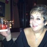 Leesa from Elmhurst | Woman | 56 years old | Libra